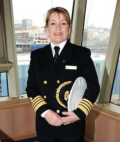 Tengeri B Hajóvezetői Tanfolyam Yachting College felkészítő Queen Elis captain